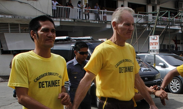 Peter Scully - Pedophile Indonesia