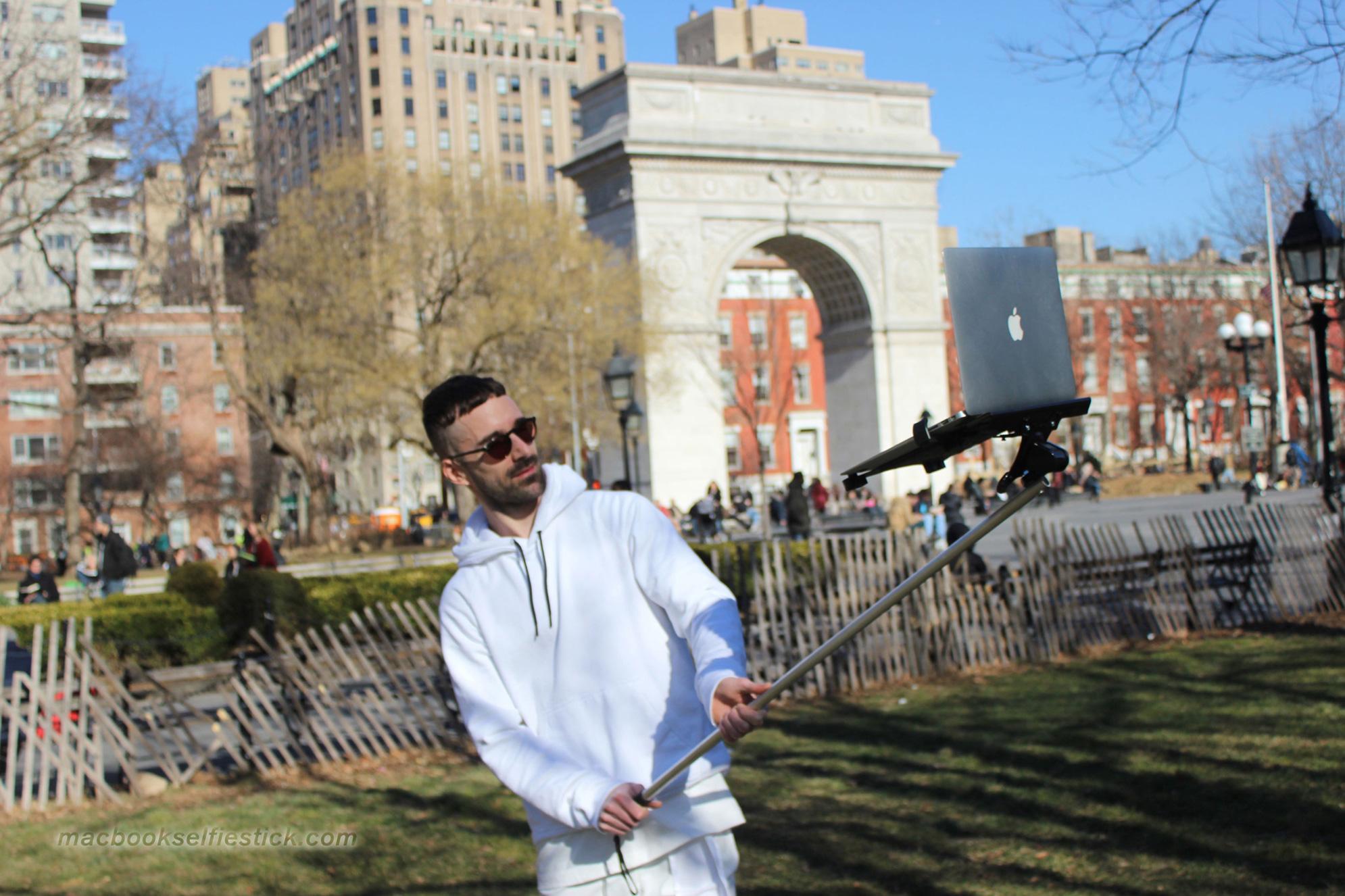 MacBook Selfie Stick 16