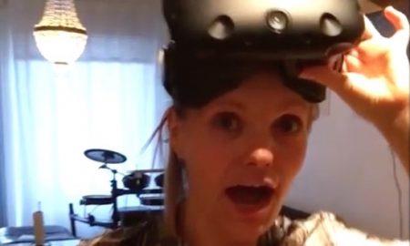 Girl Scared Oculus Rift