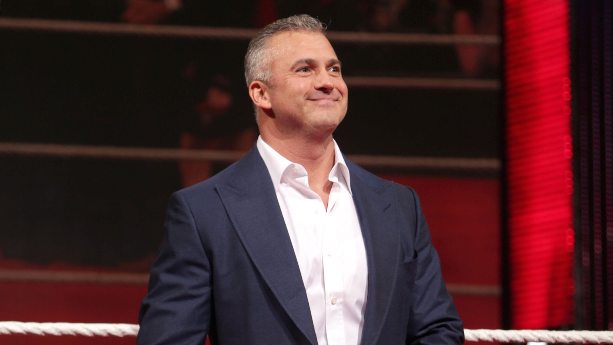 Watch The Craziest Moment From Shane McMahon And The Undertaker's Hell In A Cell ...