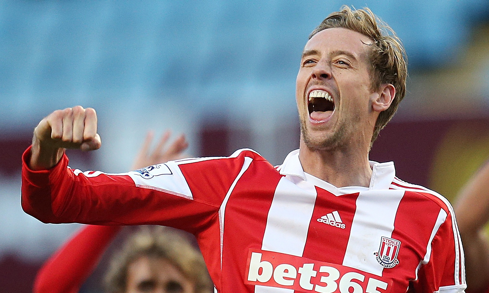 Stoke's Peter Crouch has received support that he is worthy of a place in England's World Cup squad