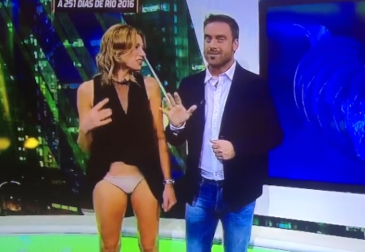 foto-eroticheskih-zasvetov-rossiyskih-televedushih