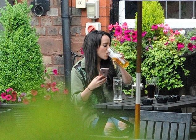 Stephanie Davis beer