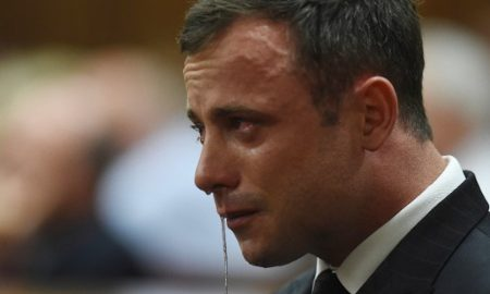 Oscar Pistorius crying