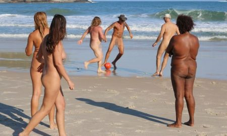 PAY-NAKED-OLYMPICS-IN-RIO 3