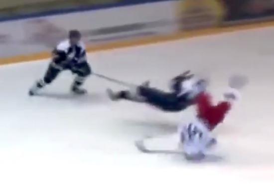 ice-hockey-hit