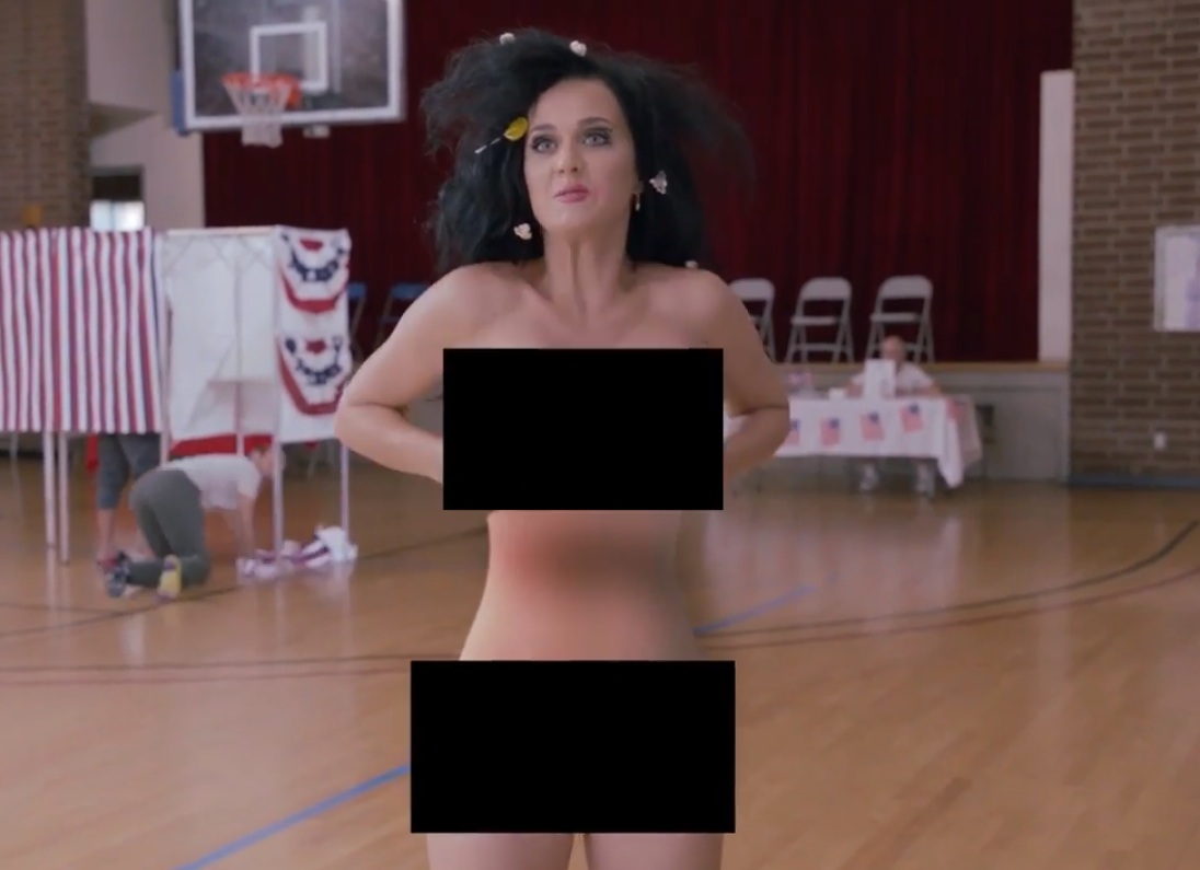 Katy Perry Daisies Video: Singer Strips Down, Shows Baby