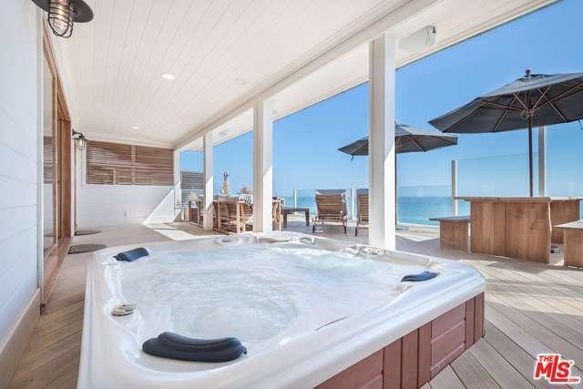 leo-beach-house-3