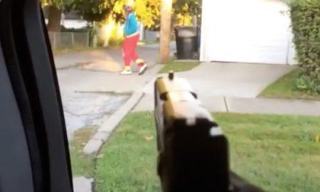 killer-clown-drive-by