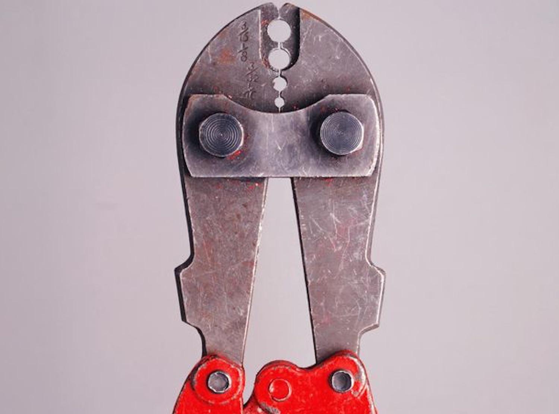 bolt-cutter