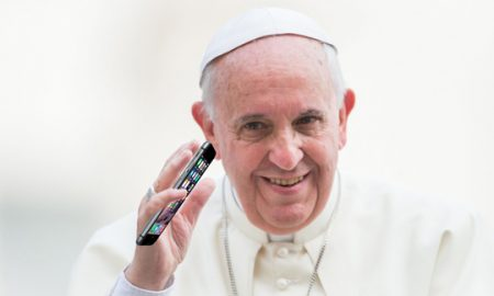 pope-francis-phone