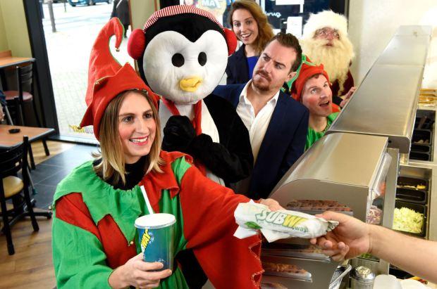 subway-christmas