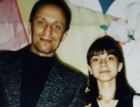 inside_popkov_daughter_teen