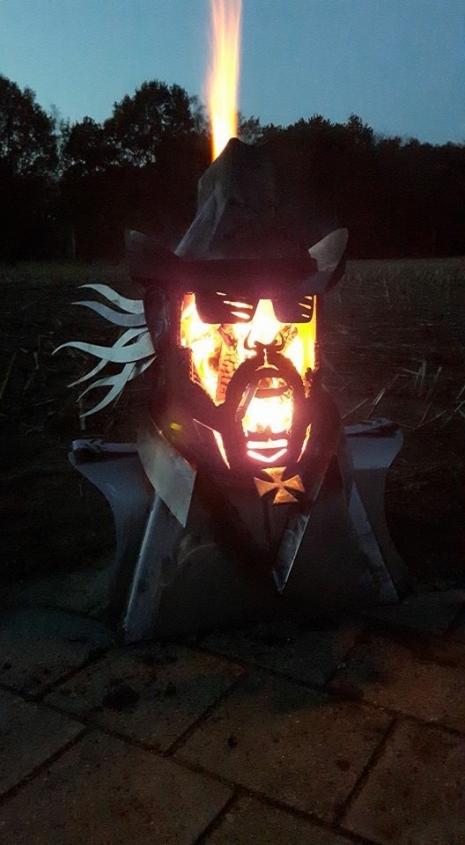 Lemmy Fire Pit 3