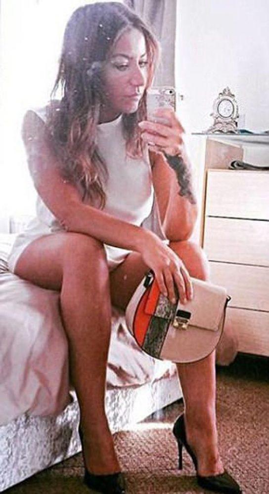 Lydia Ferguson bedroom selfie