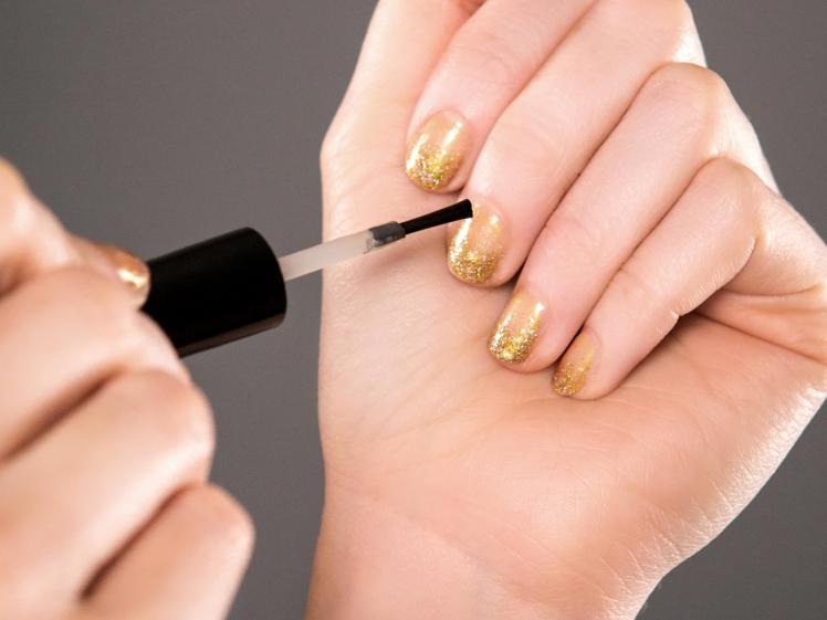 Prosecco nail polish 2