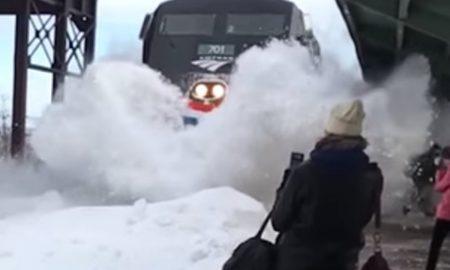Train Snow Tsunami