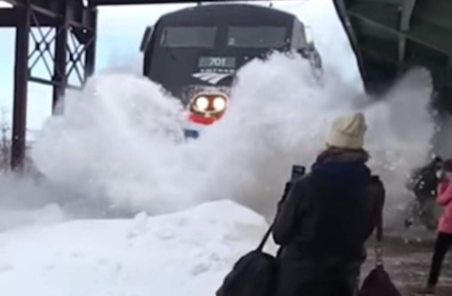 Train Snow Tsunami