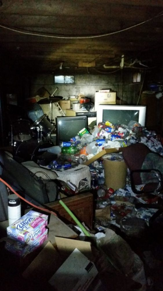 Photos From The Most Disgusting Neckbeard Nests Will Make