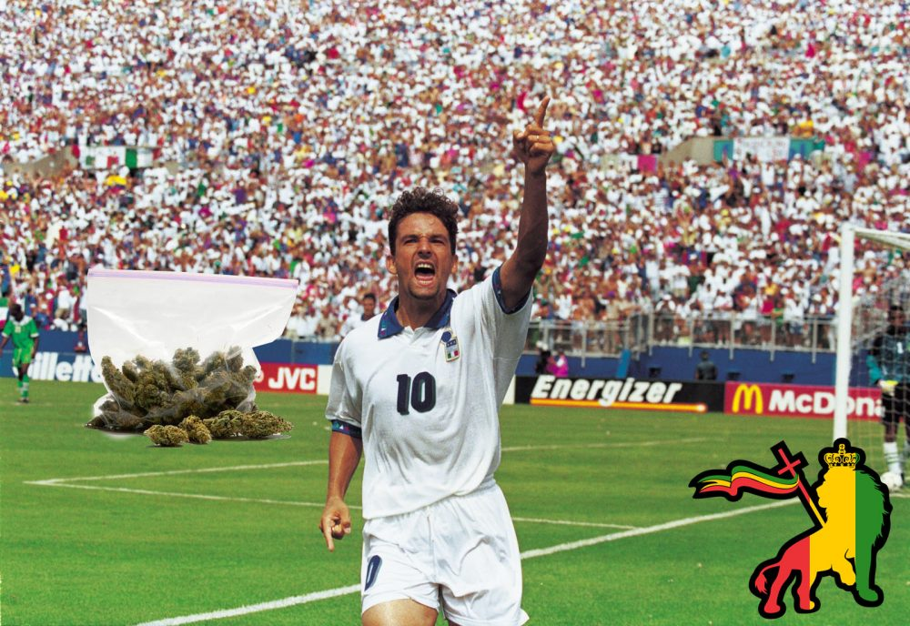 5 Jul 1994: Roberto Baggio of Italy celebrates scoring the winning goal during the FIFA World Cup Finals 1994 second round match against Nigeria played at the Foxboro Stadium, in Boston, Massachusetts. Italy won the match 2-1 after extra-time. Mandatory Credit: Rick Stewart /Allsport