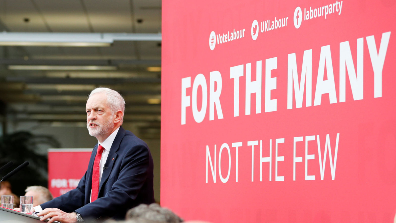 Jeremy Corbyn, the leader of Britain's opposition Labour Party, launches the party's election manifesto at Bradford University, May 16, 2017. REUTERS/Darren Staples