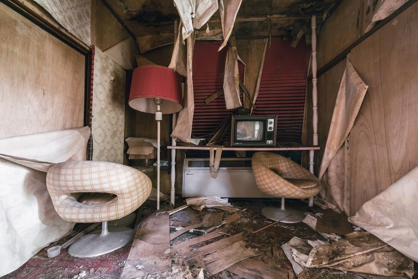 Japan abandoned love hotel 1