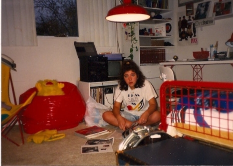 image teenagers bedroom girl's bedroom teenagers bedroom 25 evocative photos show and their bedrooms in the 60s80s