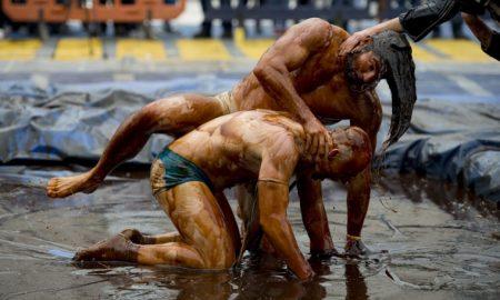 world-gravy-wrestling-championships-08312015-15-760x507