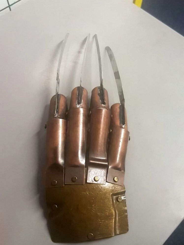 Krueger Glove 1