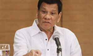 Philippine President Rodrigo Duterte ges