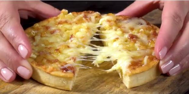 Mac N Cheese Pizza 2Mac N Cheese Pizza 2