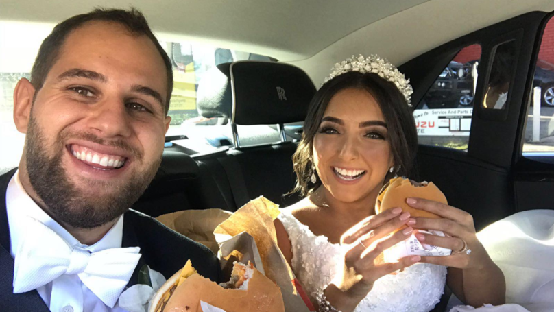 this couple handed out 300 mcdonald's cheeseburgers to