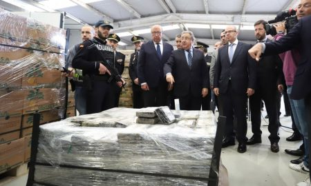Six arrested in connection with a nine tons cocaine shipment